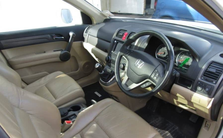 crv manual easy to drive